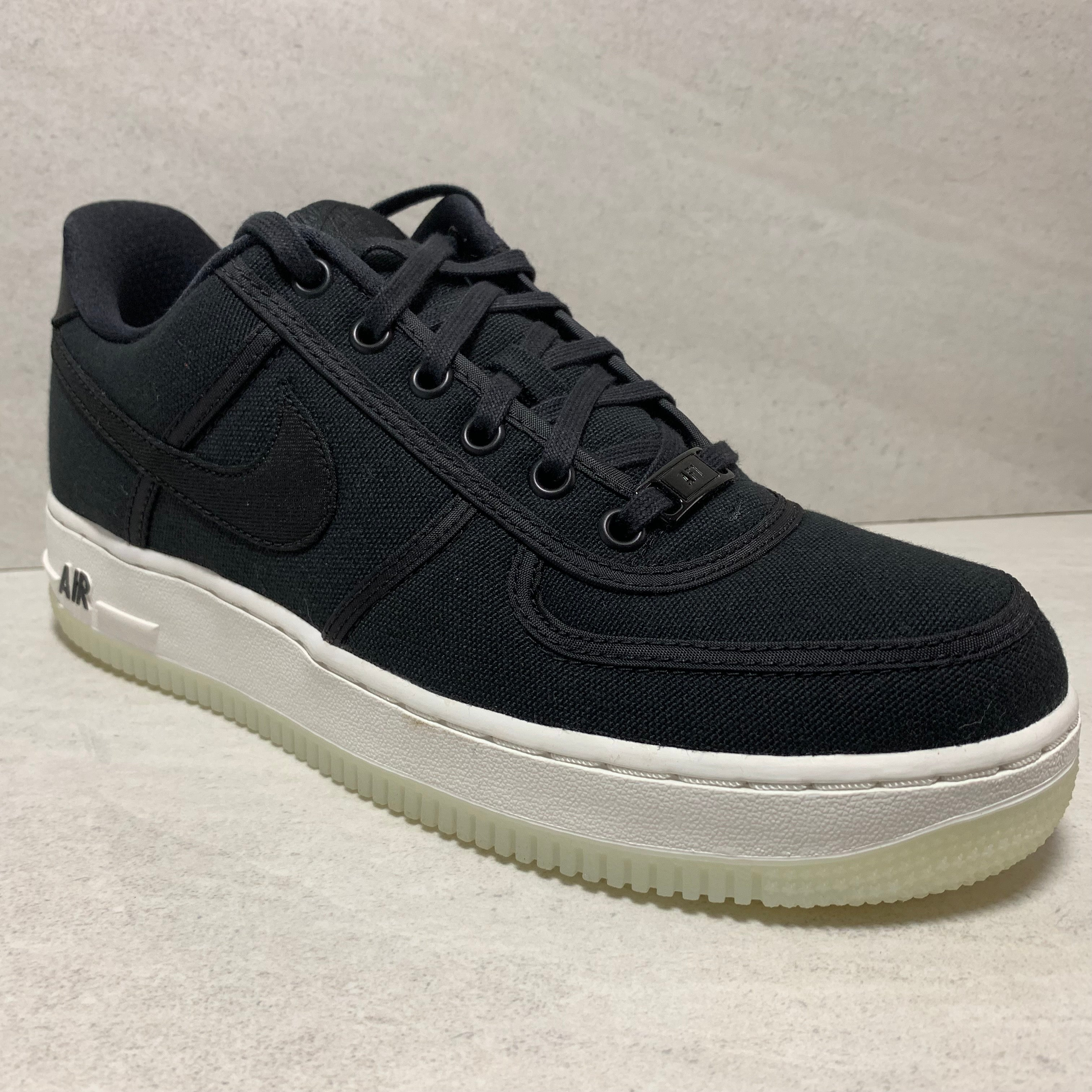 NIKE AIR FORCE 1 LOW RETRO QS SIZE 7.5