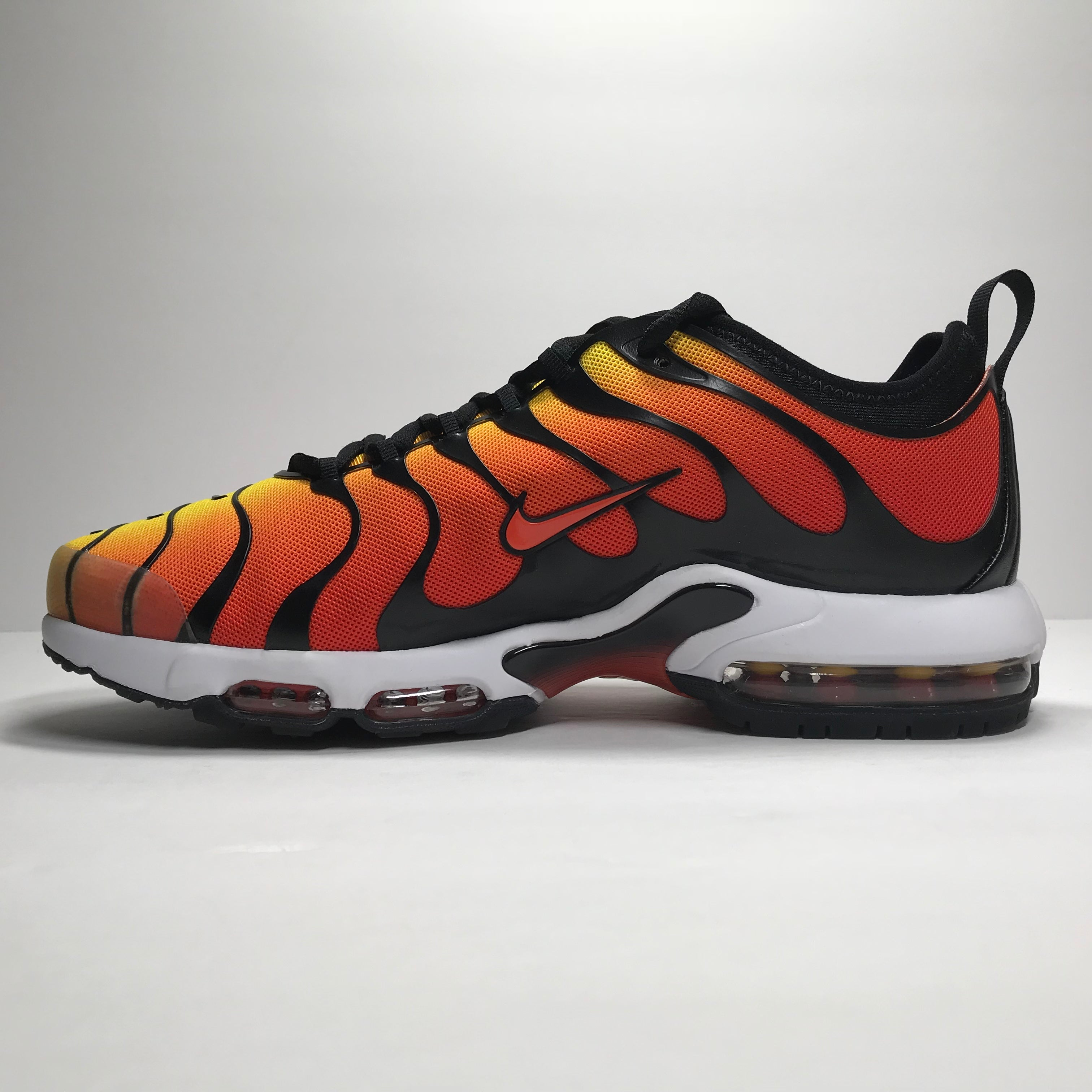 newest 683d1 abe17 DS Nike Air Max Plus TN Ultra Tiger Sunset Orange Size 9Size 10.5 ...