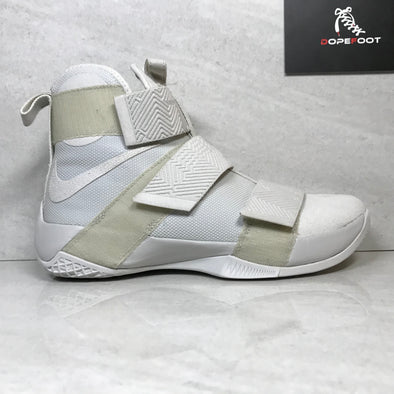 DS Nike Lebron Soldier 10 X SFG LUX Light Bone Size 9/Size 9.5/Size 10