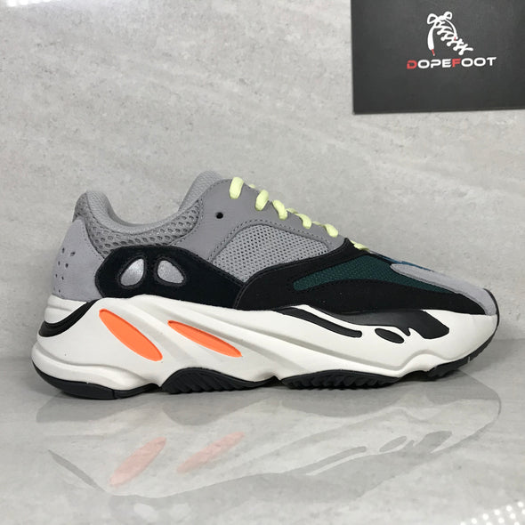 DS Adidas Yeezy 700 Wave Runner Size 5