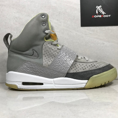 Nike Air Yeezy Zen Grey Size 9.5