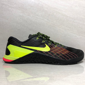 Nike Men's Metcon 3 Training Shoe 852928 012 Men's Size 14 BLACK/VOLT-HYPER CRIMSON-HOT PUNCH