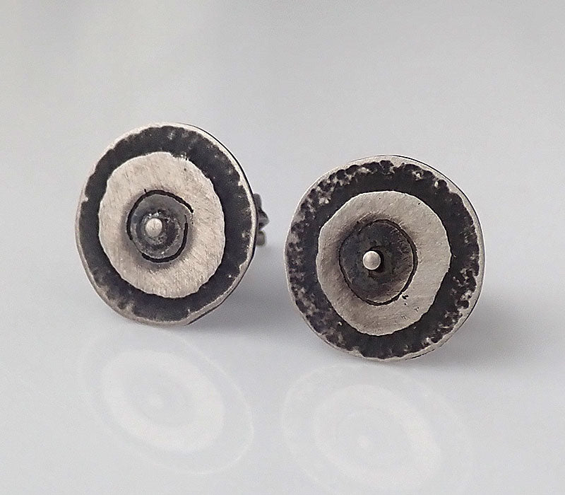 Small Dot Stud Earrings