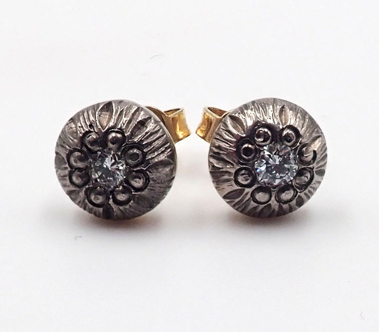 Diamond Stud Earrings (round)