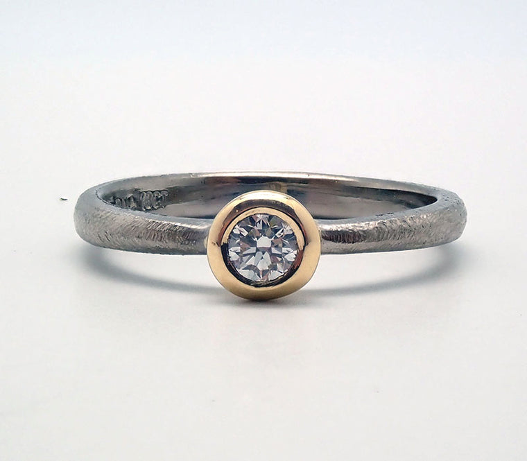 Palladium and Yellow Gold Tapered Diamond Ring