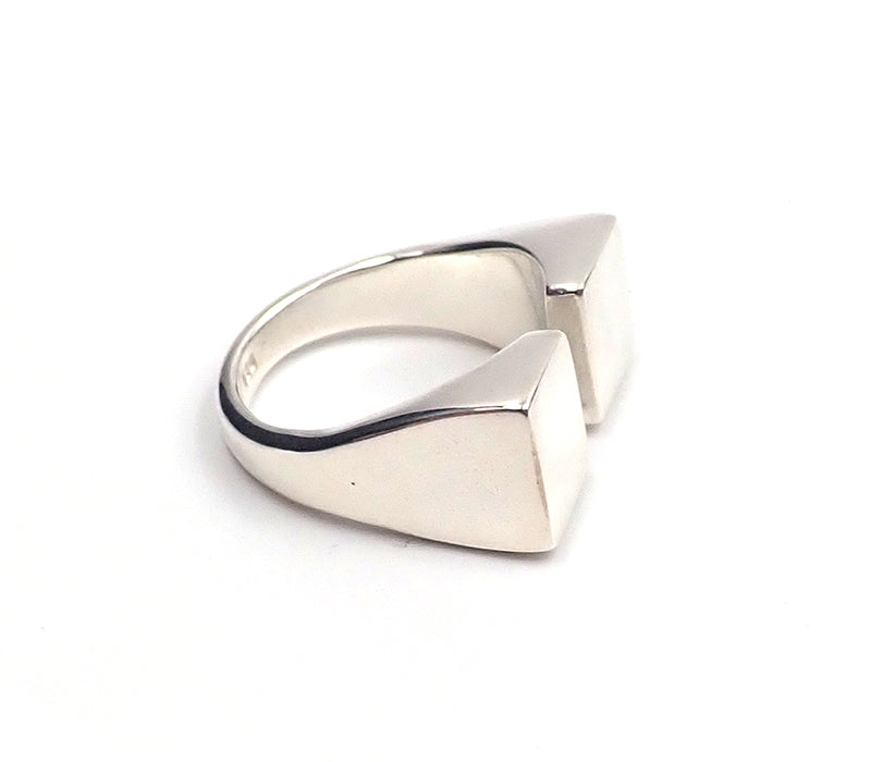 Two Squares Ring