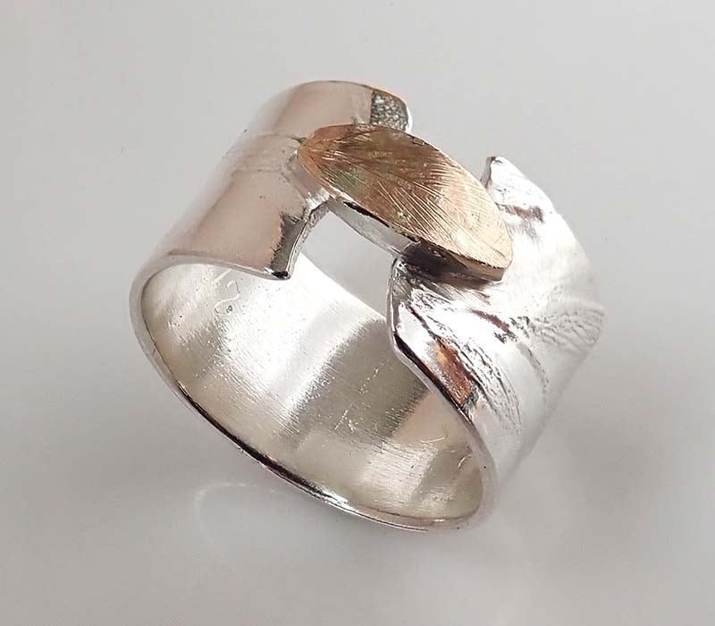 Bridge Leaf Ring