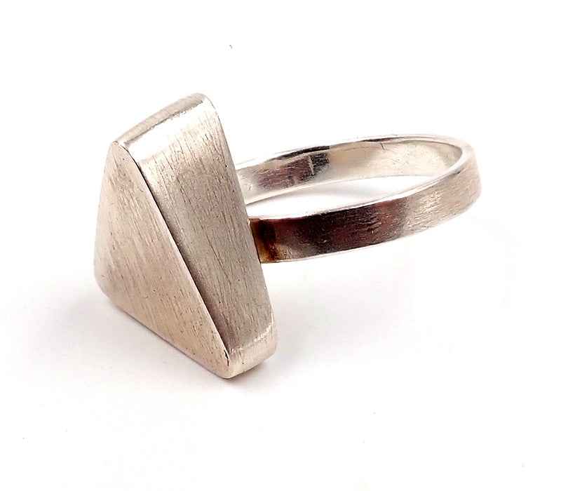 Hollow Narrow Ring