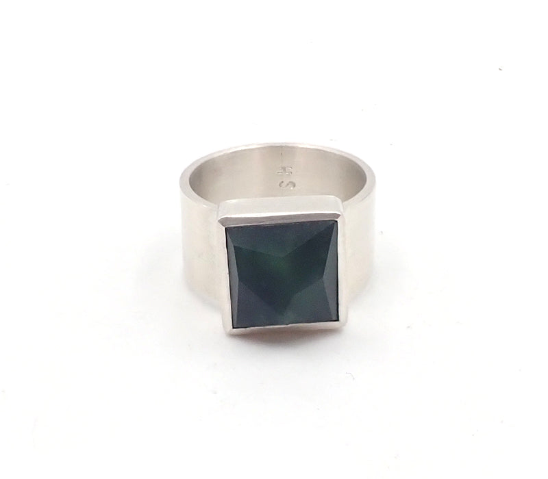 Faceted Square Ring