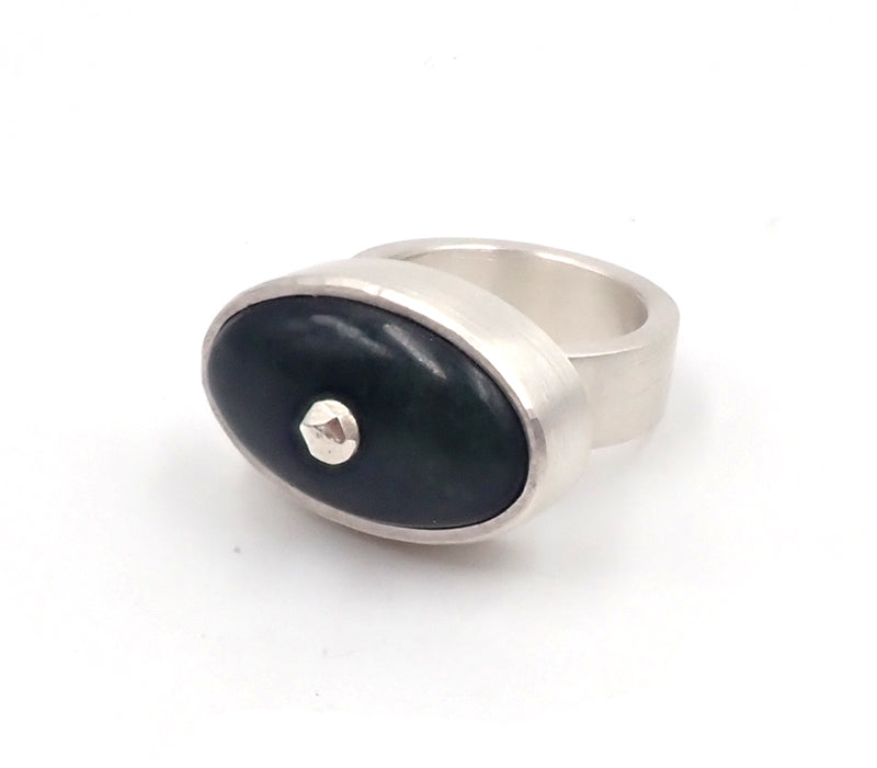 Deep Oval Centerpoint Ring