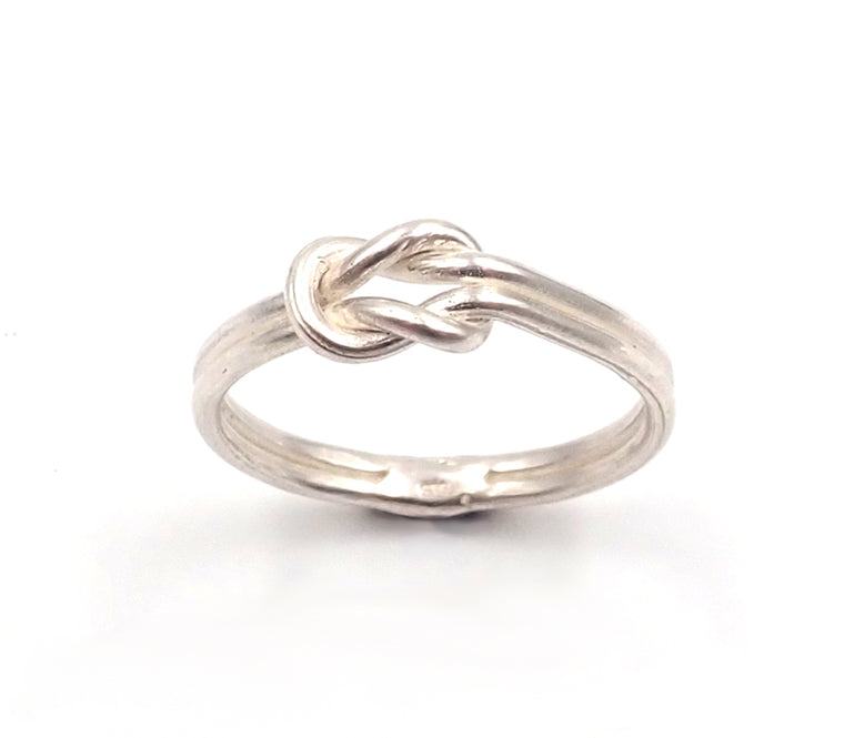 Reef Knot Ring