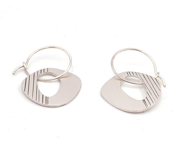 Lined Retro Earrings