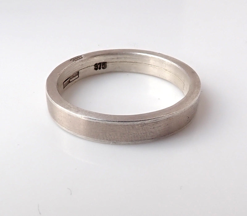 White Gold and Fine silver Narrow sleeve ring
