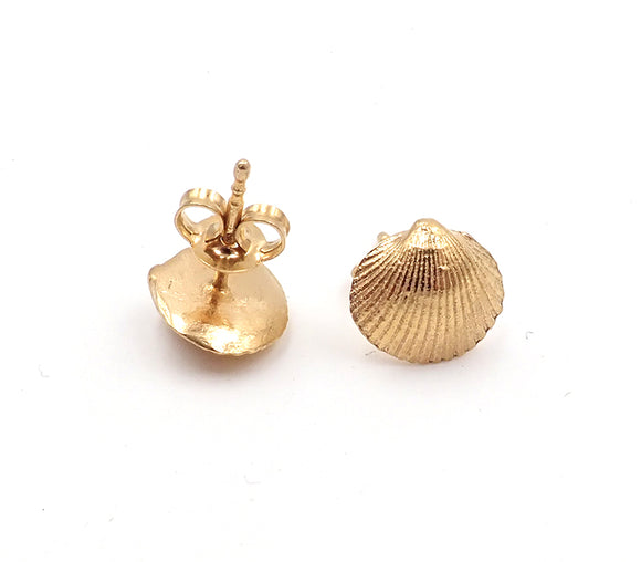 Ilse-Marie Erl gold shell stud earrings