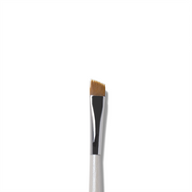Cruelty Free Angled Brush #8