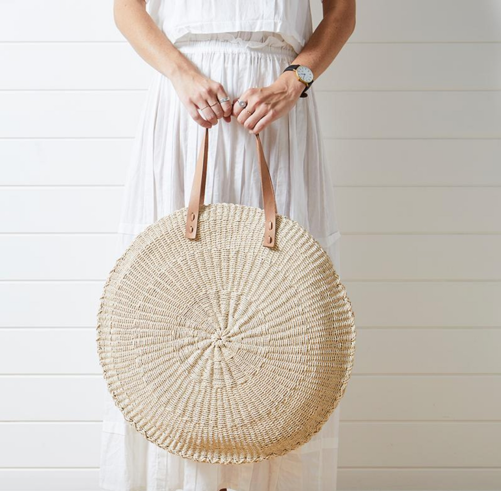 The Scallop oversized bag by The Baech People