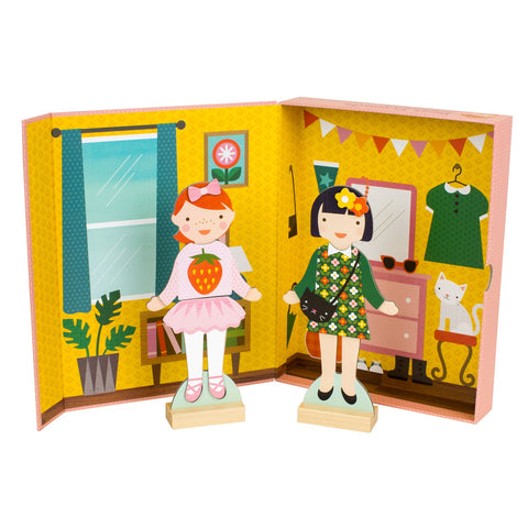 Petit Collage Magnetic Dress Up Best Friends Set