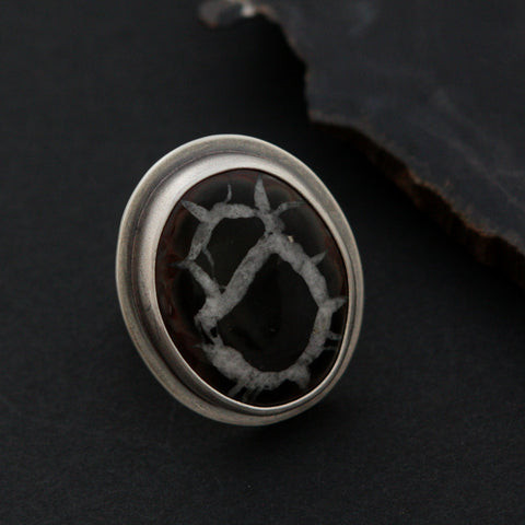 Fissures Ring - Size 8