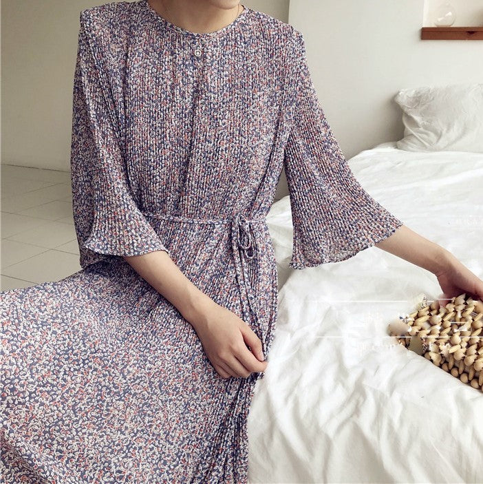 PLEATED PETIT FLORAL DRESS