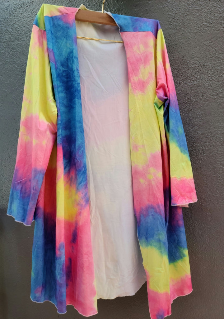 SENSORY FRIENDLY TIE DYE THROW ON