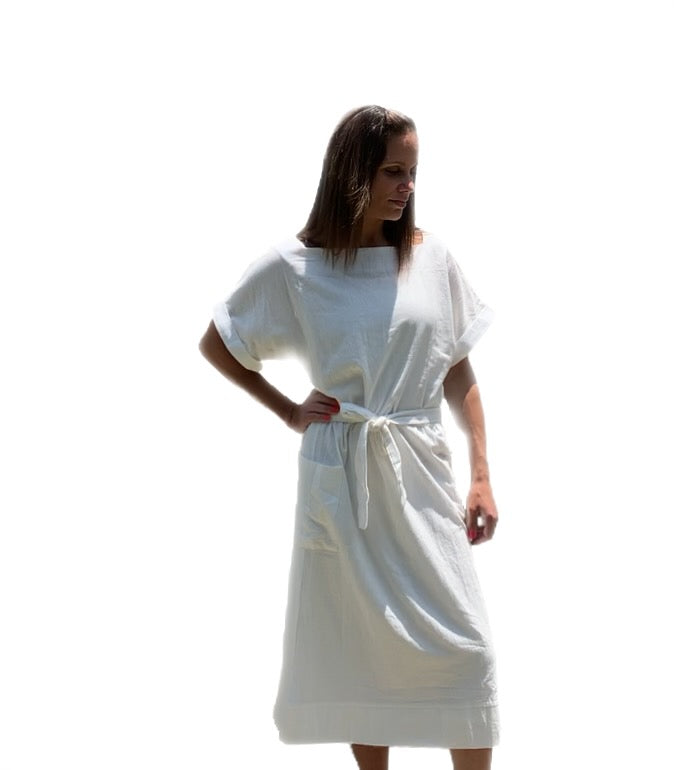 SUMMER WHITE POCKETS DRESS