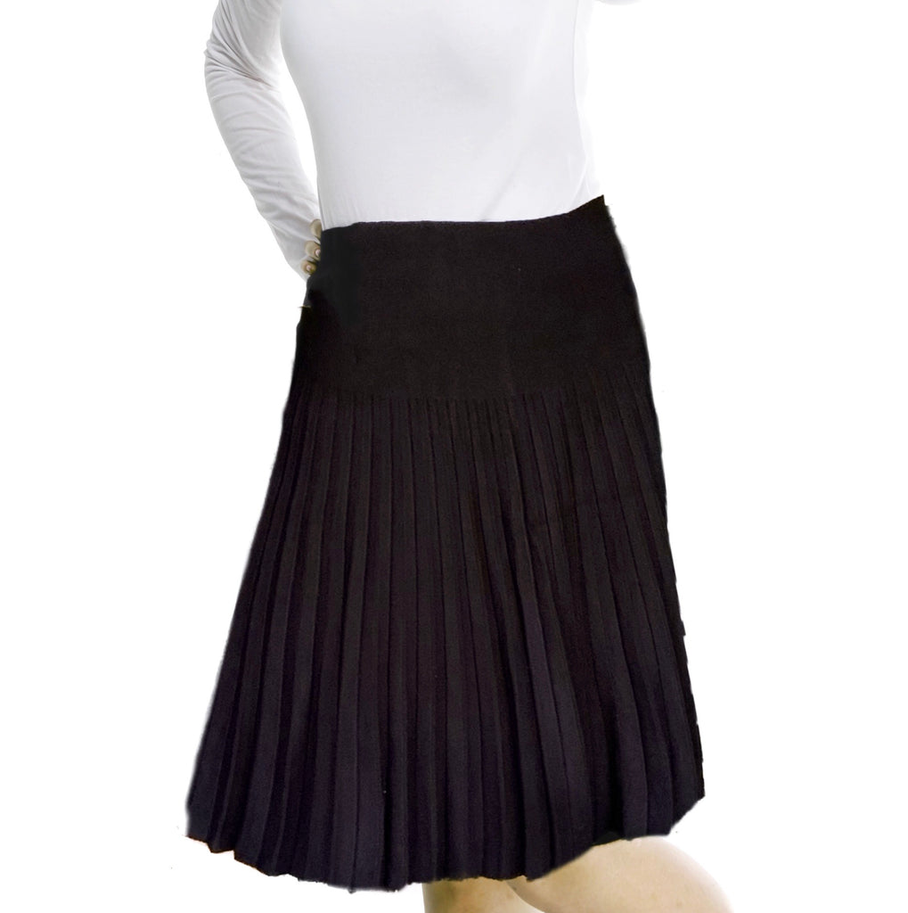 MM YEAR ROUND PLEATED - BLACK