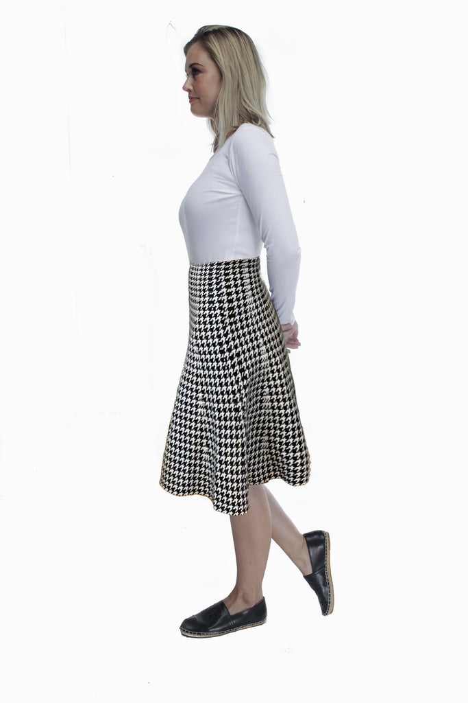 AMAZING MM SKIRT - YEAR ROUND HOUNDSTOOTH