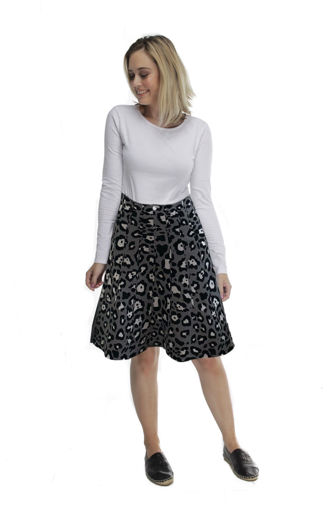 AMAZING MM SKIRT - YR ROUND GREY LEOPARD