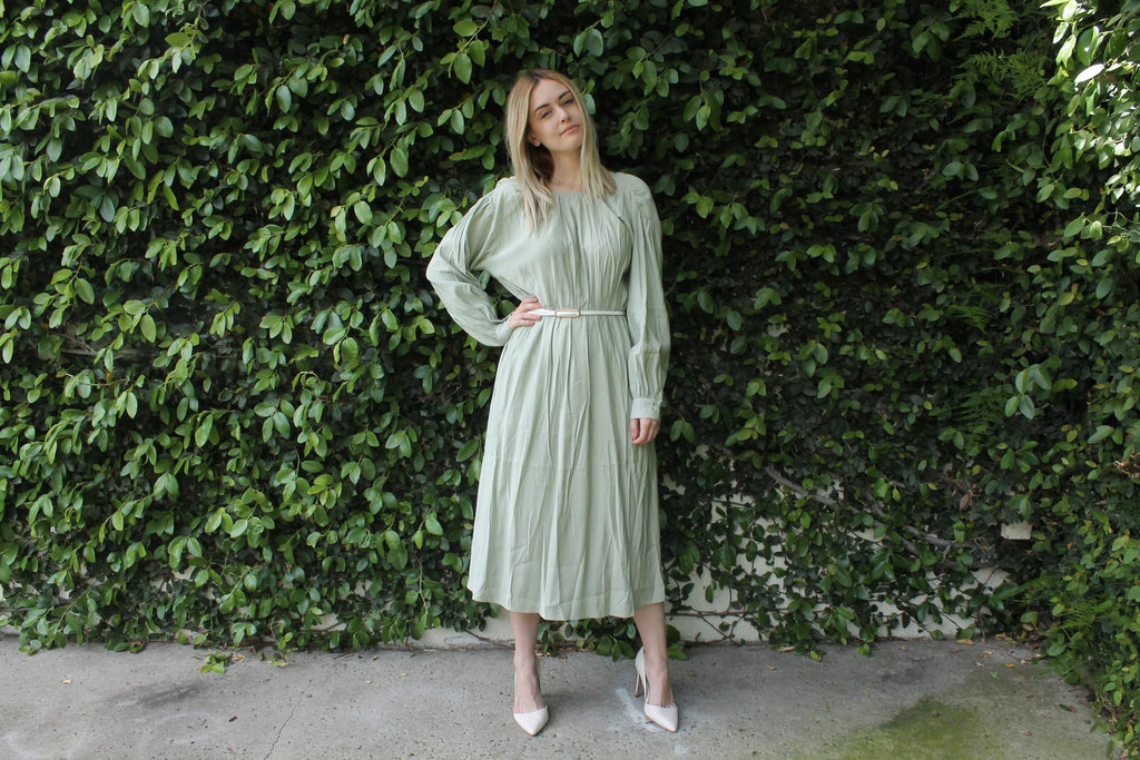 PALE GREEN WAISTED DRESS