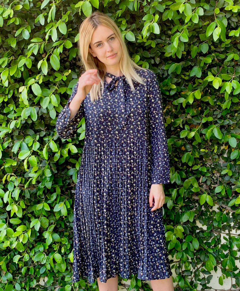 NAVY BITSY FLORAL SHIFT