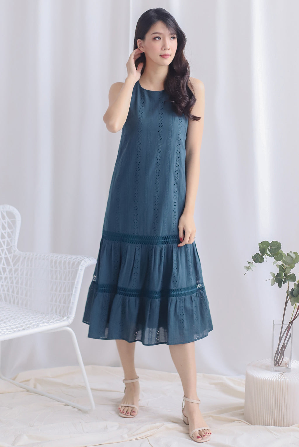 Abilene Eyelet Midi Dress In Forest Green