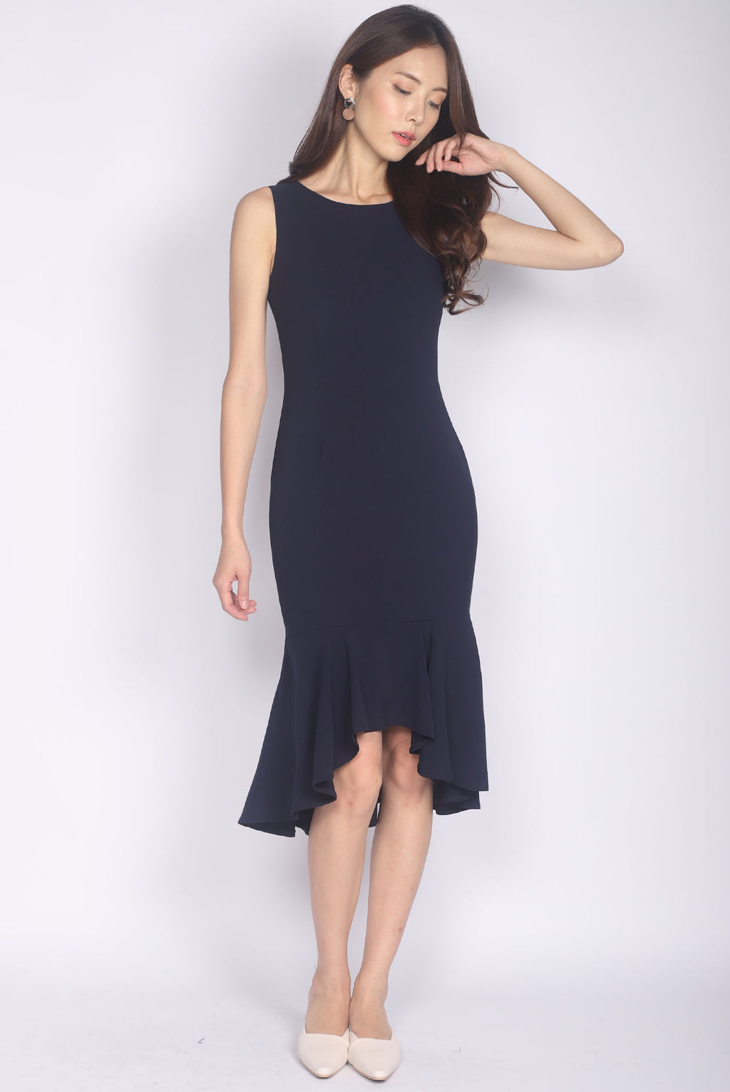 Adeleine Hi Lo Mermaid Dress In Navy Blue