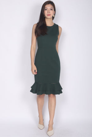 Aedith Tiered Hem Mermaid Dress In Forest Green
