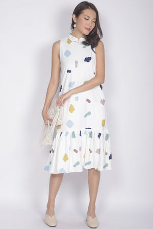 Ailey Cloud Removable Oriental Collar Dress In White