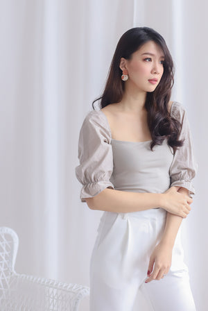 Ali Puffy Sleeve Top In Taupe