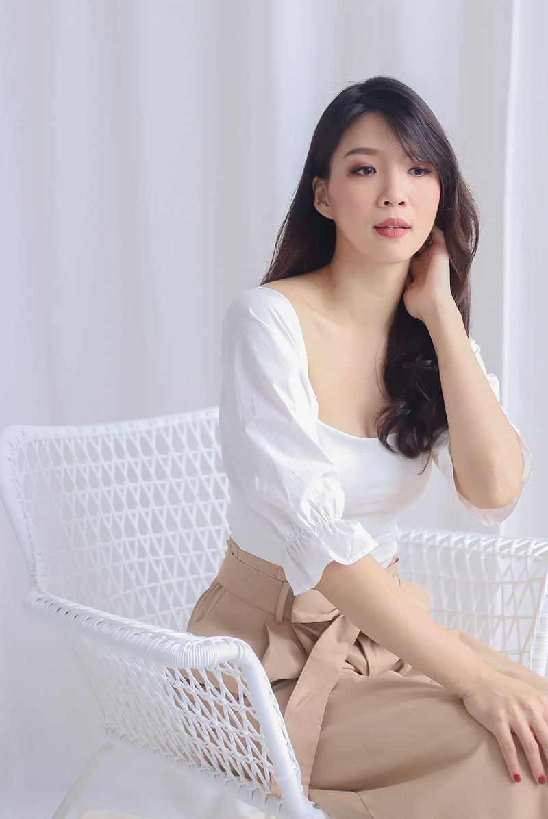 Ali Puffy Sleeve Top In White