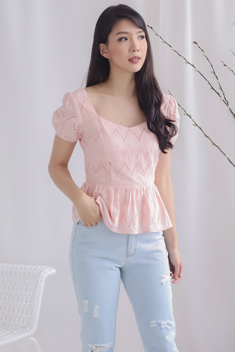 Amie Eyelet Pelum Top In Pink