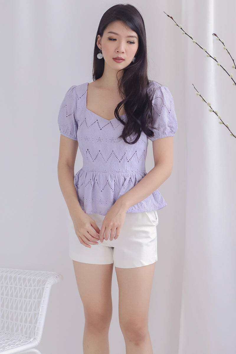 Amie Eyelet Pelum Top In Lilac