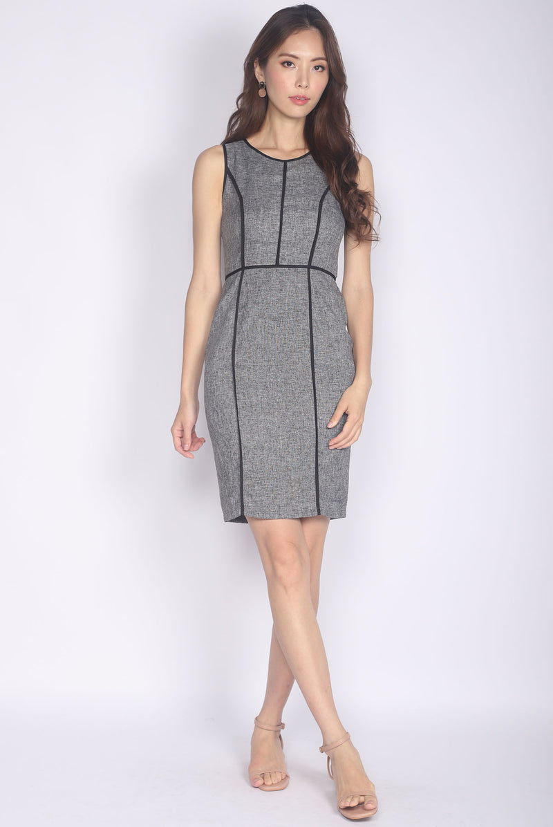 Andriette Border Tweed Dress In Black