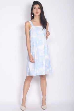 Astrid Abstract Dye Trapeze Dress In Blue