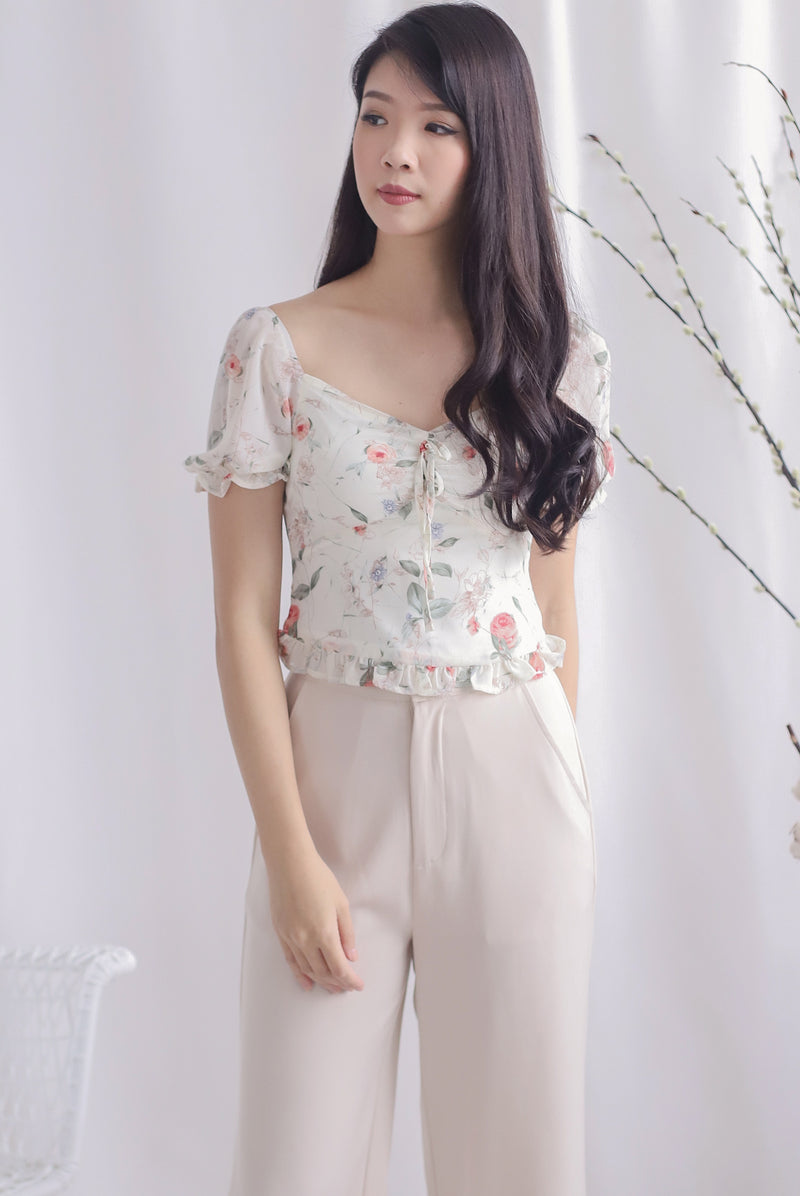 Avery Floral Ruched Puffy Sleeve Top In Cream