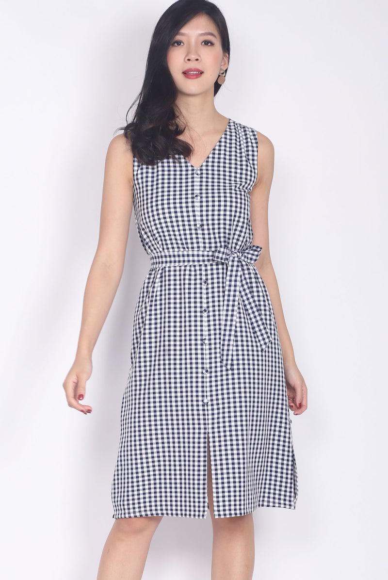 Beckett Gingham Ruffle Shoulder Dress In Black