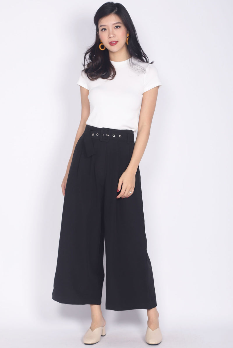 Oriane Buckle Culottes In Black