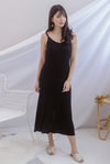 *Backorder II* Beka Knited Dress In Black