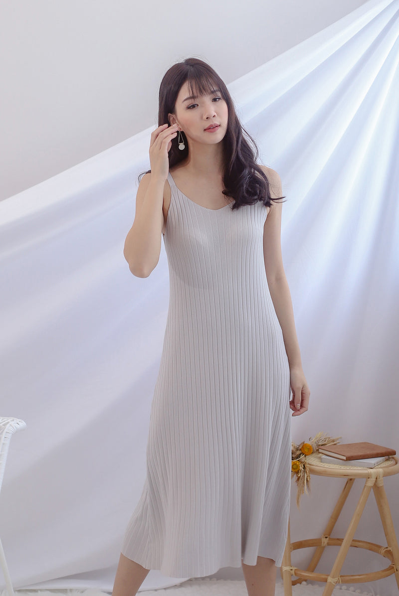Beka Knited Dress In Lilac Grey