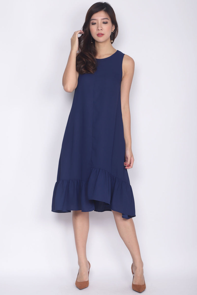 Belicia Sleeveless Ladder Midi Dress In Navy Blue