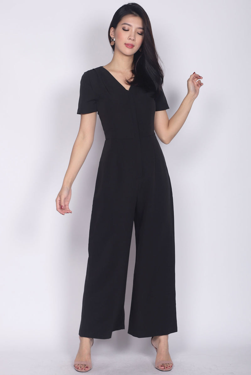Bellarosa Sleeved Front Zip Jumpsuit In Black