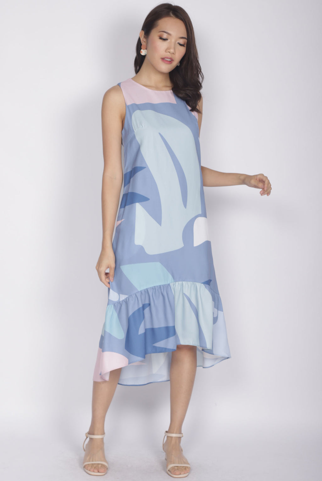 Berlin Abstract Drop Hem Dress In Blue