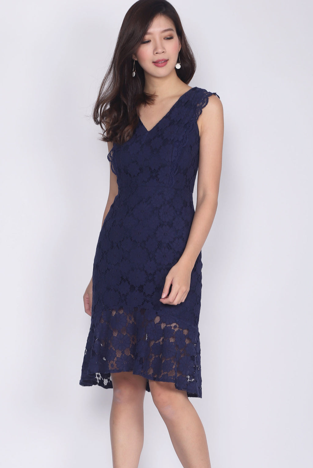 Bevin Fishtail Lace Dress In Navy Blue