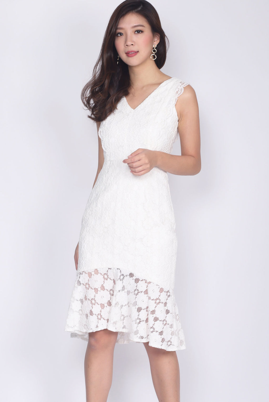 Bevin Fishtail Lace Dress In White